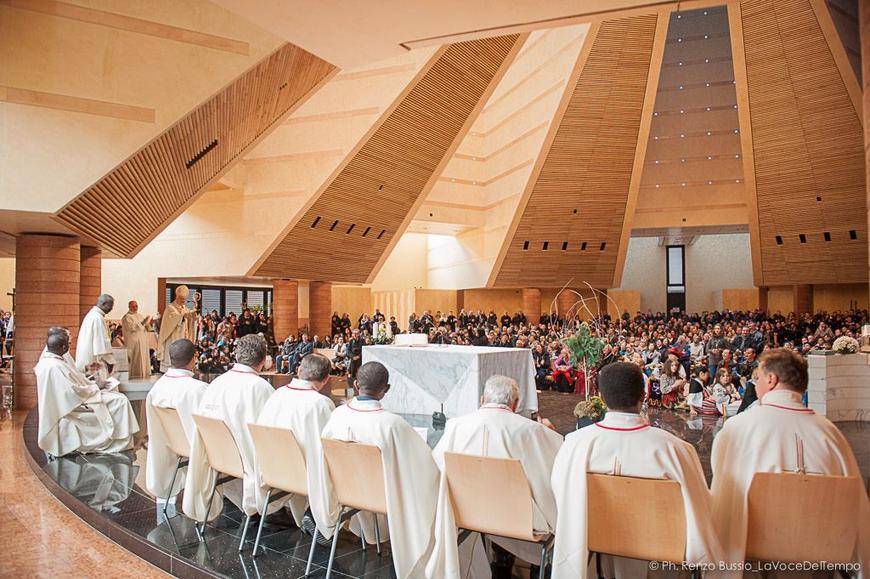 I-popoli-del-mondo-in-festa-al-Santo-Volto_articleimage